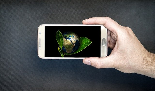 iPhone Repair Services Promote Environmental Responsibility